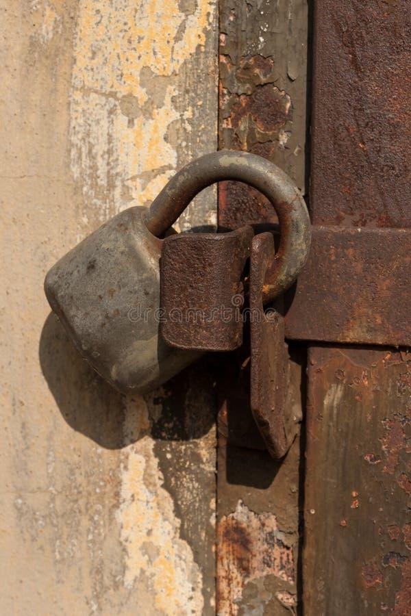 Portelli d'acciaio Locked immagine stock