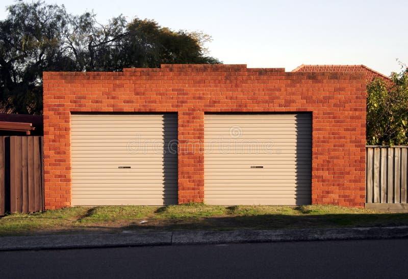 Portelli del garage fotografia stock