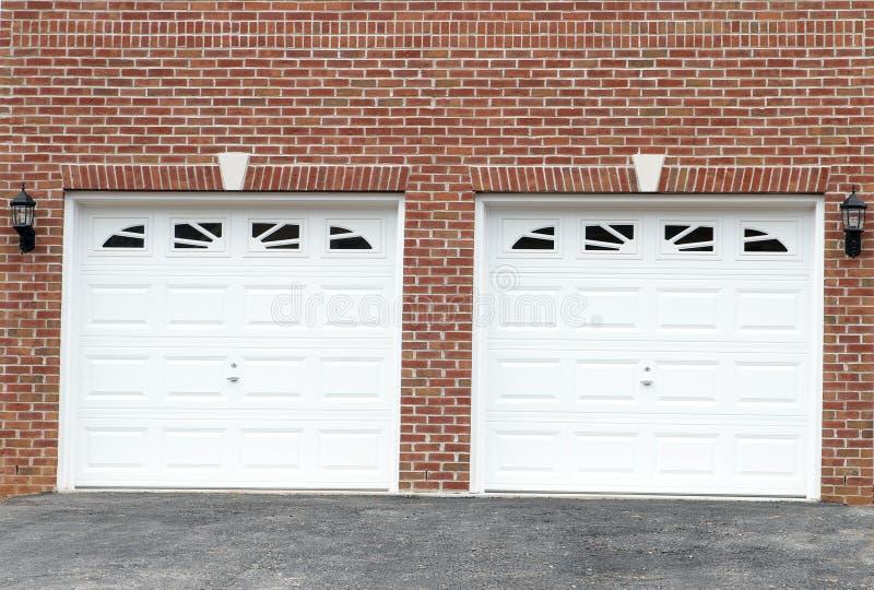 Portelli del garage immagini stock libere da diritti