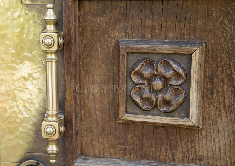 Portelli di legno decorati fotografie stock libere da diritti