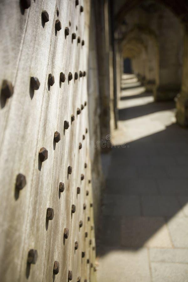 Portello di legno gotico immagine stock