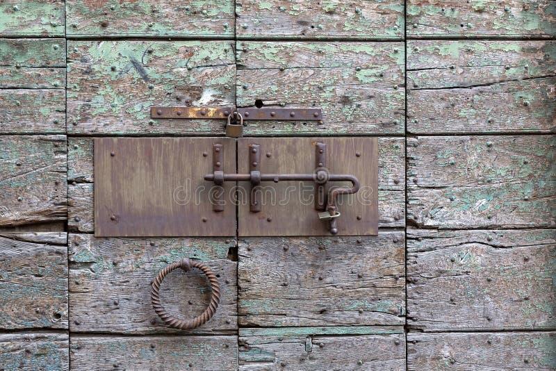 Portello di legno Locked fotografie stock