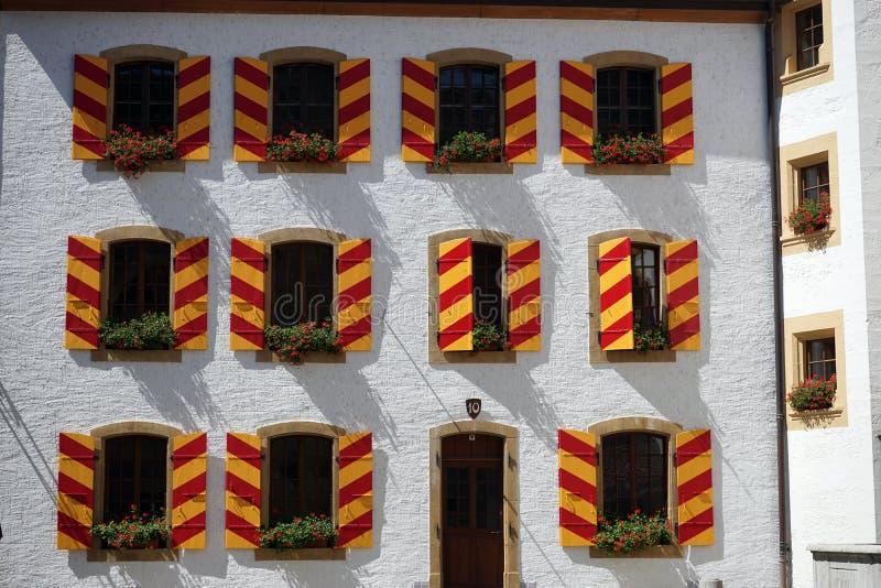 Portello e finestre immagine stock