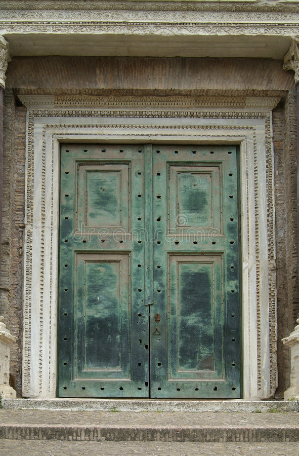 Portello pesante e verde a Roma fotografie stock libere da diritti
