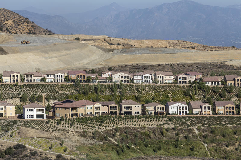Porter Ranch California Hillside Homes konstruktion arkivbilder