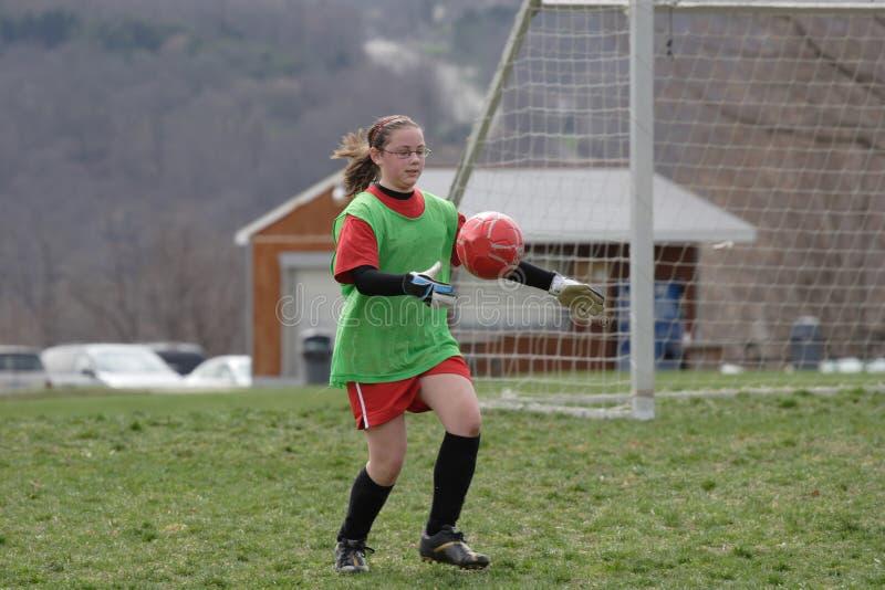 Portero del fútbol con la bola foto de archivo libre de regalías
