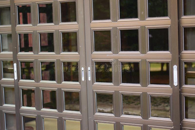 Portes Coulissantes Japonaises Image Stock Image Du Morceau - Portes coulissantes japonaises