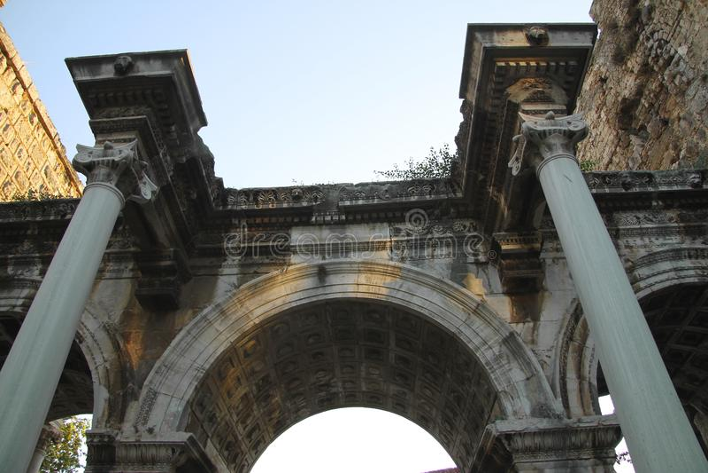 Portes d'Adrian de vieille ville Antalya Turquie image libre de droits