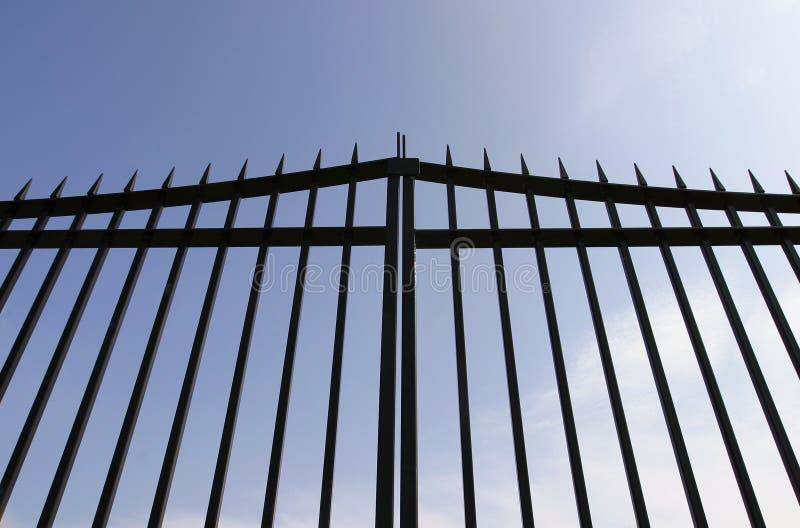 Portes en acier noires images libres de droits
