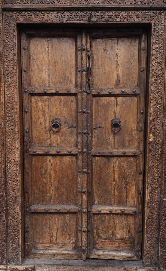 Portes en bois antiques photos stock
