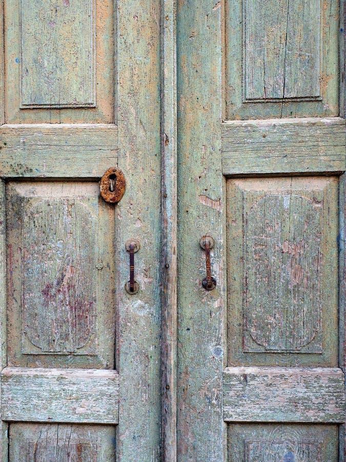 Portes en bois très vieilles image libre de droits