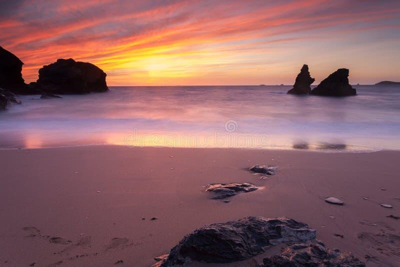 Download Porthcothan Zatoki Zmierzch Obraz Stock - Obraz złożonej z piękny, natura: 41955385