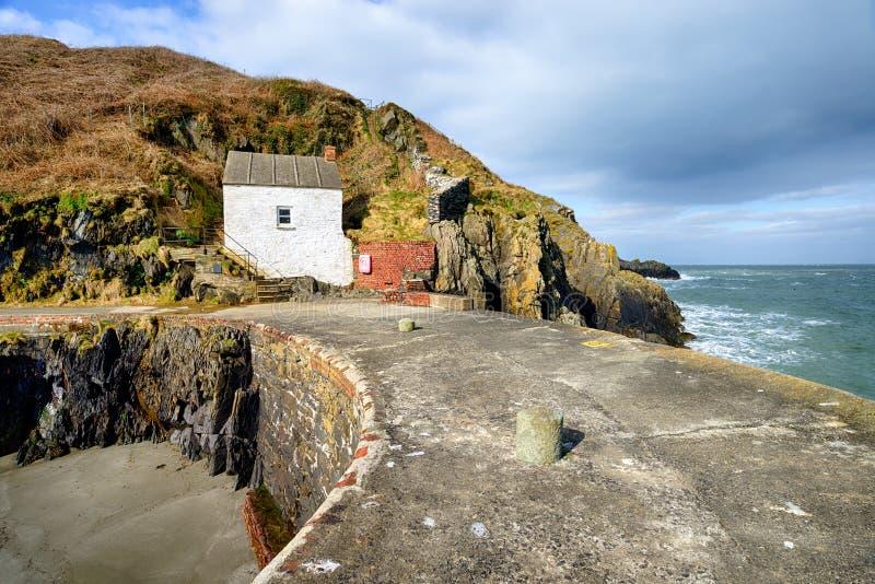 Porthgain港口在威尔士 免版税库存照片