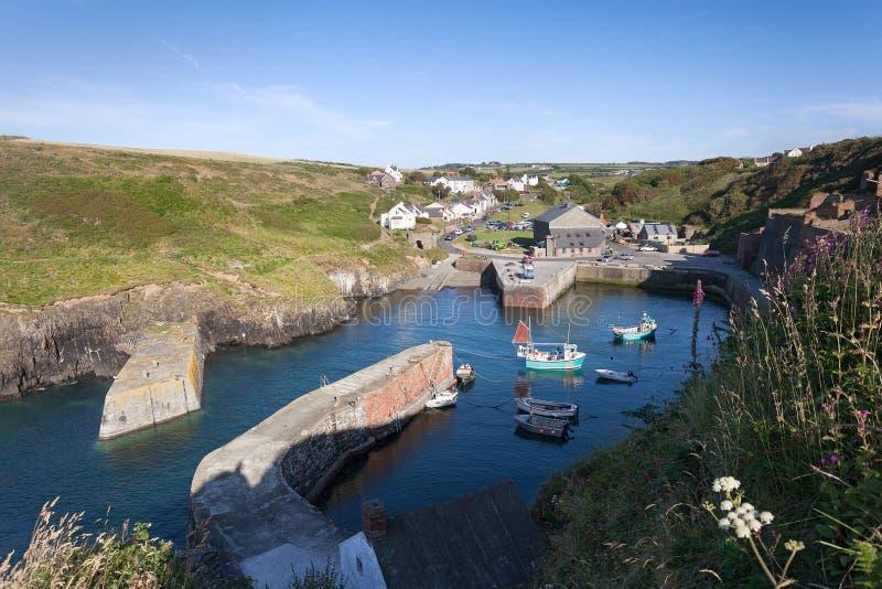 Porthgain港口, Pembrokeshire,威尔士 免版税库存图片
