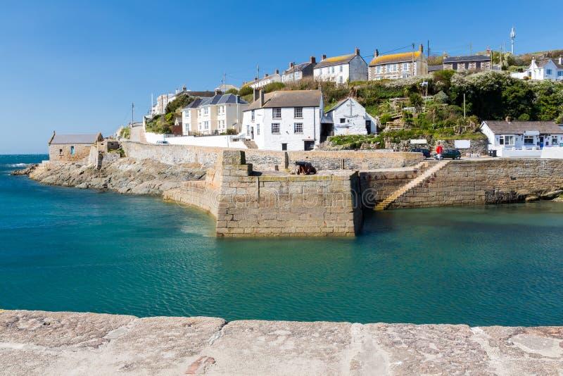 Porthleven schronienie Cornwall Anglia zdjęcia royalty free