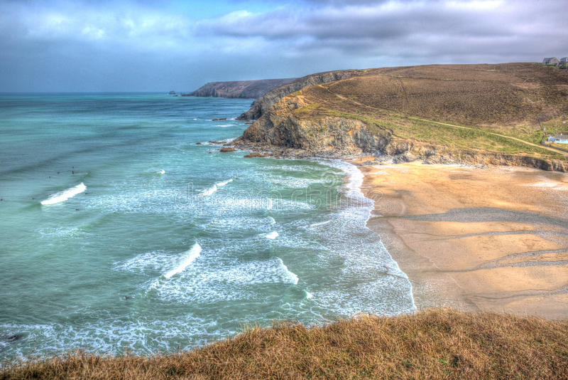 Porthtowan strand nära St Agnes Cornwall England UK i HDR arkivbilder