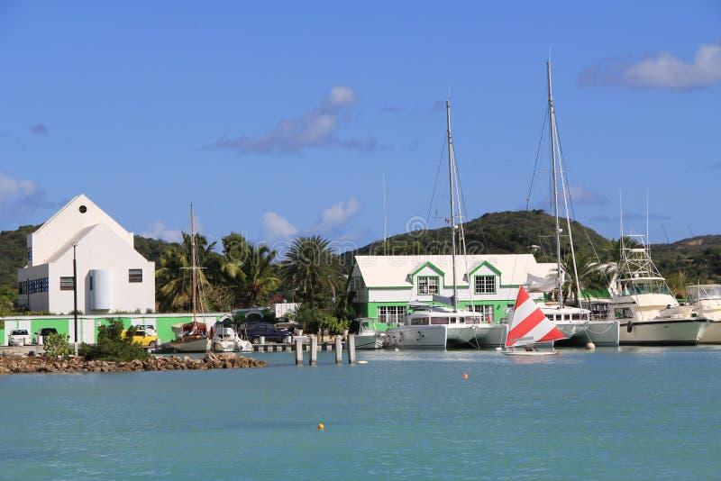 Porticciolo Antigua Barbuda del porto di Falmouth fotografie stock libere da diritti