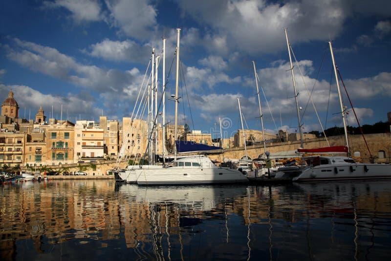 Porticciolo del molo e dell'yacht di Vittoriosa immagini stock