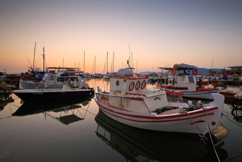 Download Porticciolo a Patrasso fotografia stock editoriale. Immagine di ricreazione - 55360833