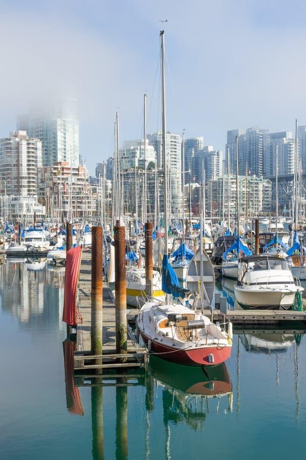 Porticciolo urbano del porto fotografia stock