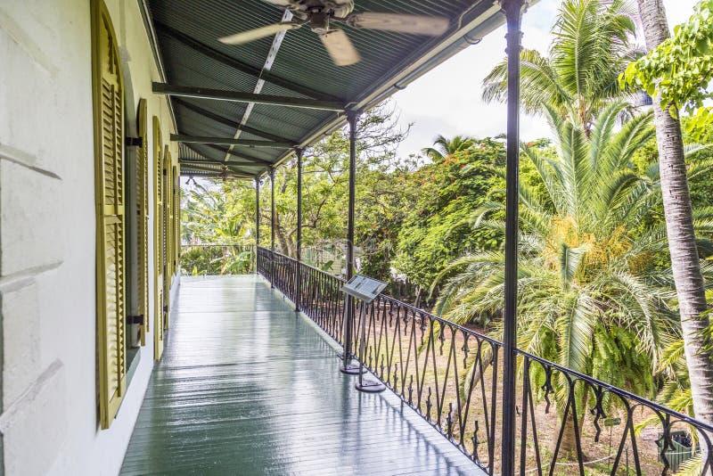 Portiek in Ernest Hemingway Home en Museum in Key West stock afbeeldingen