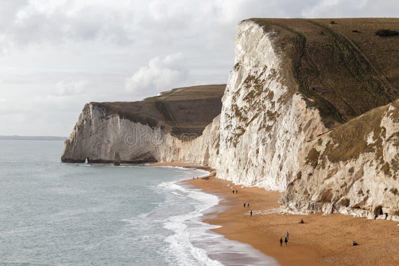 PORTLAND BILL, DORSET/UK - 16 FÉVRIER : Vue du C jurassique images stock