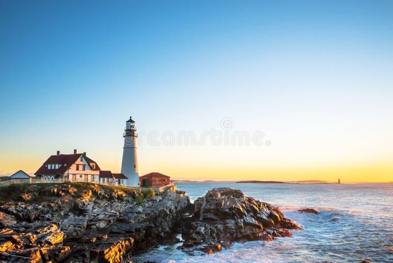 Portland dirige o farol em Maine, no nascer do sol imagem de stock