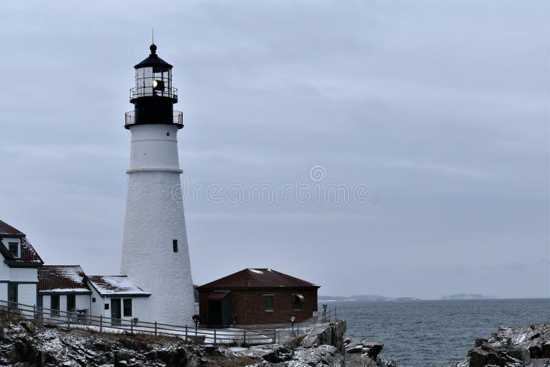 Portland głowy światło i otaczanie krajobraz na przylądku Eiizabeth, Cumberland okręg administracyjny, Maine, Stany Zjednocz zdjęcie stock