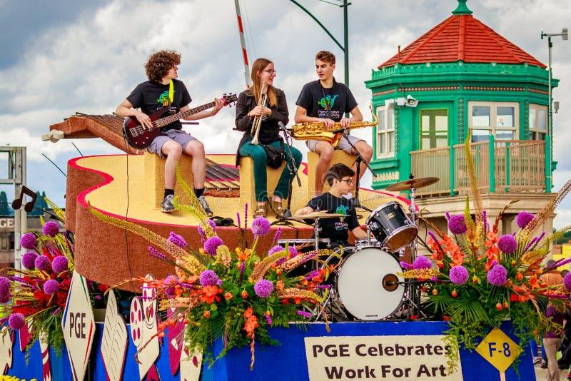 Portland-großartige Blumenparade 2016 lizenzfreies stockfoto
