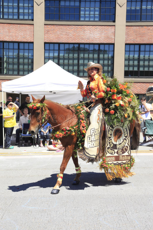 Download Portland - JUNE 12-2010: Rose Festival Parade Editorial Image - Image: 14747420