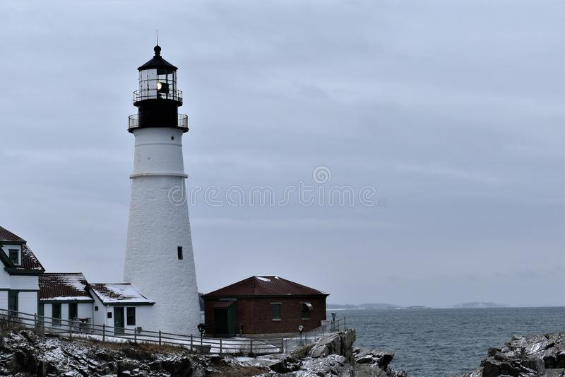 Portland-Kopf-Licht und umgebende Landschaft auf Kap Eiizabeth, Cumberland County, Maine, Vereinigte Staaten Neu-England US stockfoto