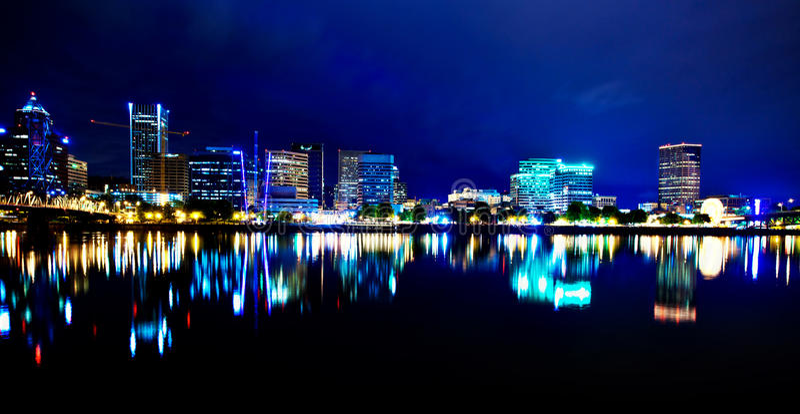 Portland Oregon bij Nacht royalty-vrije stock foto