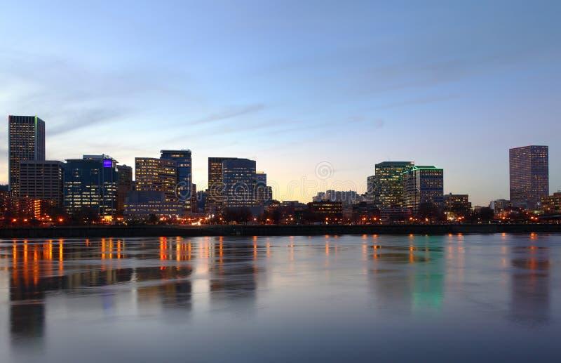 Portland Oregon no crepúsculo. imagem de stock