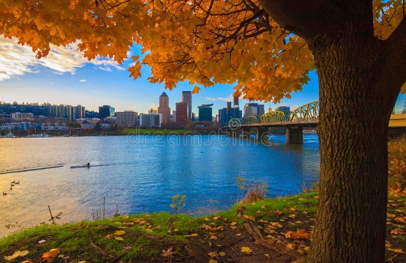 Portland, Oregon-Ufergegend lizenzfreie stockfotografie