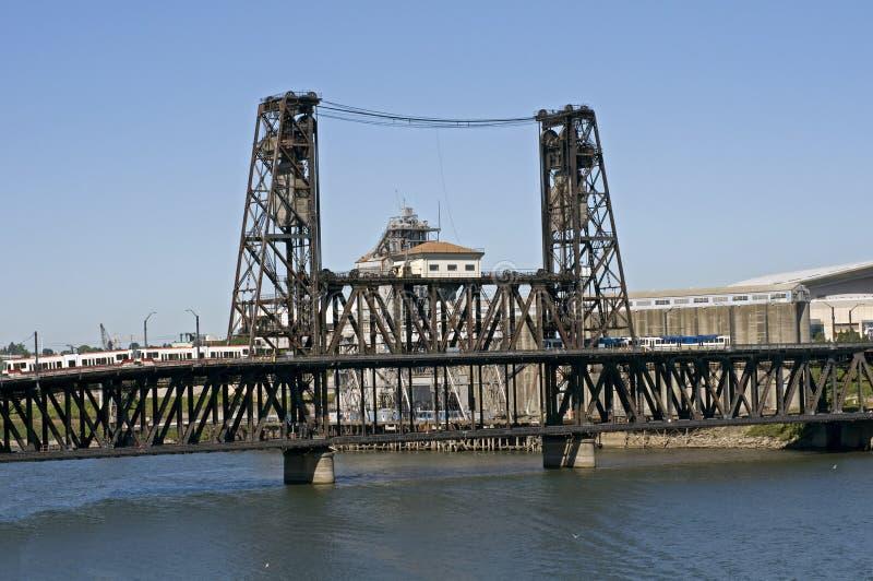Portland OU ponte de aço imagens de stock royalty free