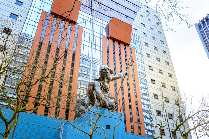 Portlandia statua Raymond J Kaskey dedykował Października 8, 1985 obrazy stock