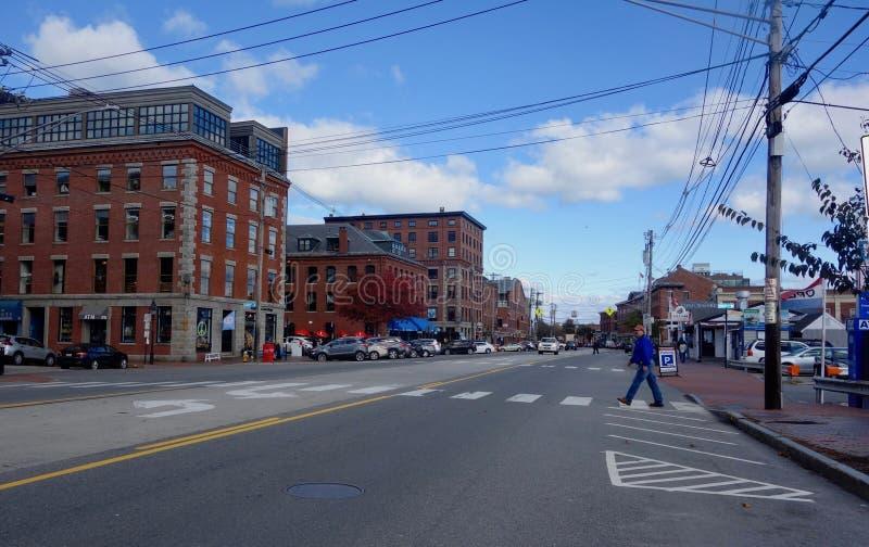 Portlandzkiej Maine ulicznej sceny Handlowa ulica przy Tęsk nabrzeżem Październik 30, 2018 zdjęcia stock