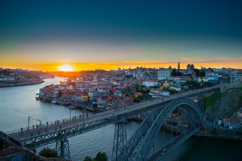 Porto żelaza mosta zmierzch obraz stock