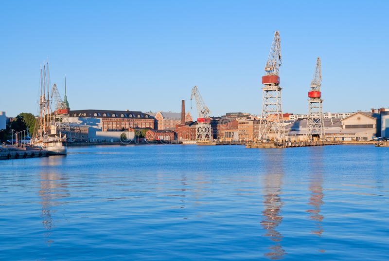 Porto ad ovest di Helsinki fotografia stock libera da diritti