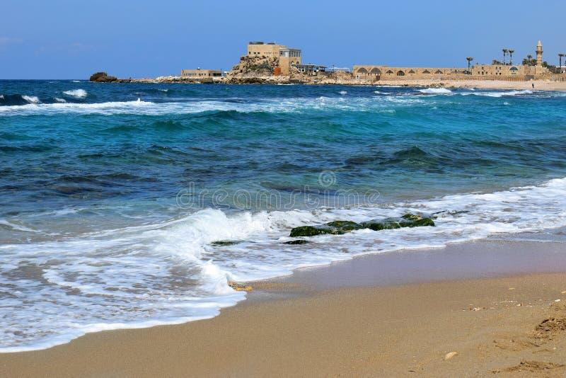 Porto antigo em Caesarea Maritima, Israel imagem de stock royalty free