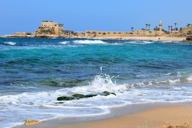 Porto antigo em Caesarea Maritima, Israel fotografia de stock royalty free