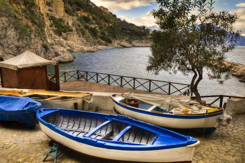 Porto da vila de Marini do dei de Conca (costa Itália de Amalfi) imagem de stock