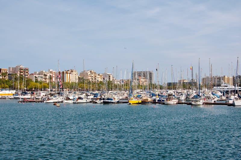 Download Porto de Barcelona. foto de stock. Imagem de barcelona - 26510608