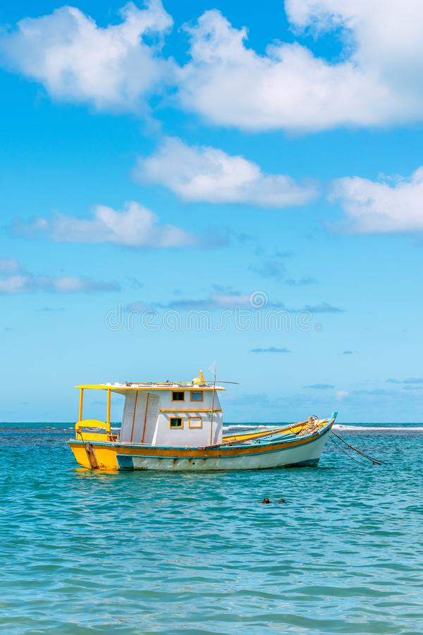 Porto de Galinhas, Ipojuca, Pernambuco, Brasil - em maio de 2019: uma das praias as mais bonitas no mundo, onde você pode tomar imagens de stock royalty free