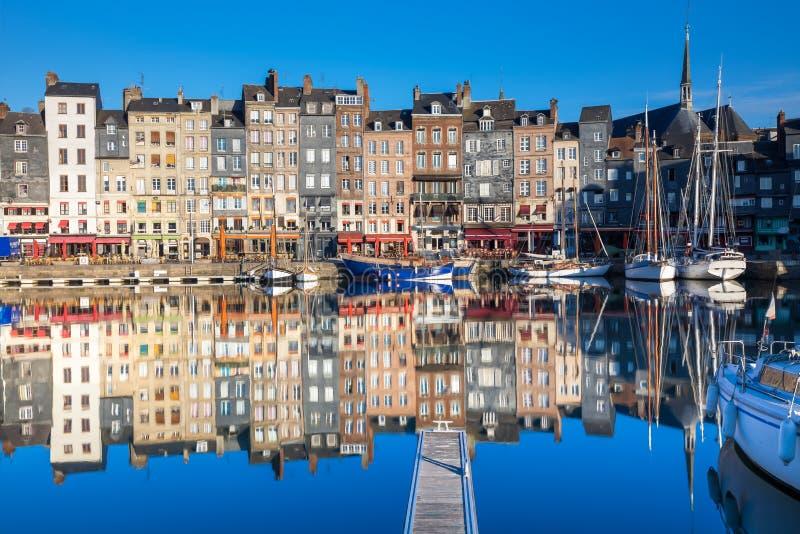 Porto de Honfleur, Honfleur, França imagem de stock royalty free