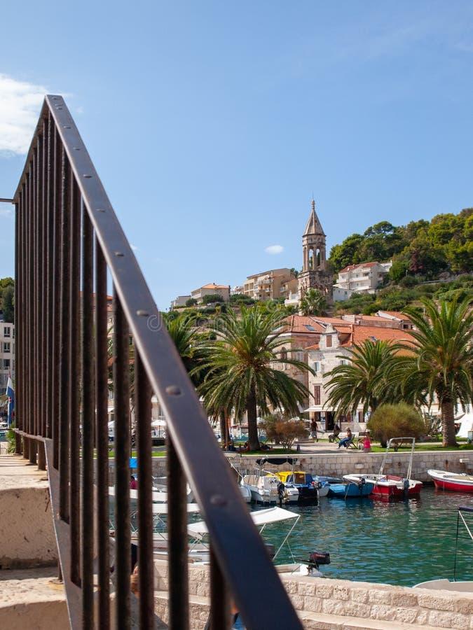 Porto de Hvar na Croácia fotos de stock