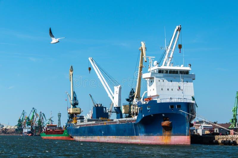 Porto de Klaipeda em Lituânia fotos de stock