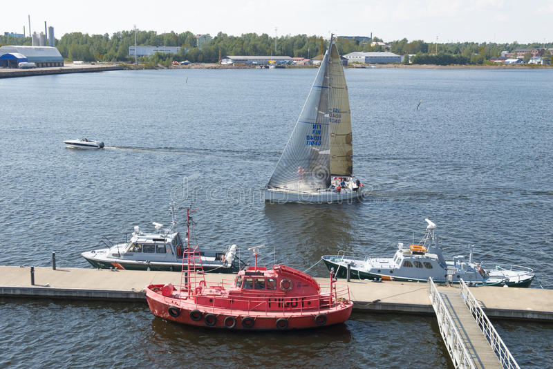 Porto de Kotka em Finlandia foto de stock royalty free