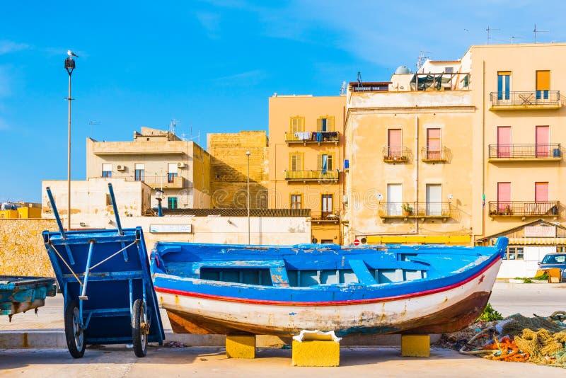Porto de pesca de Trapani, Sicília, Itália imagem de stock royalty free