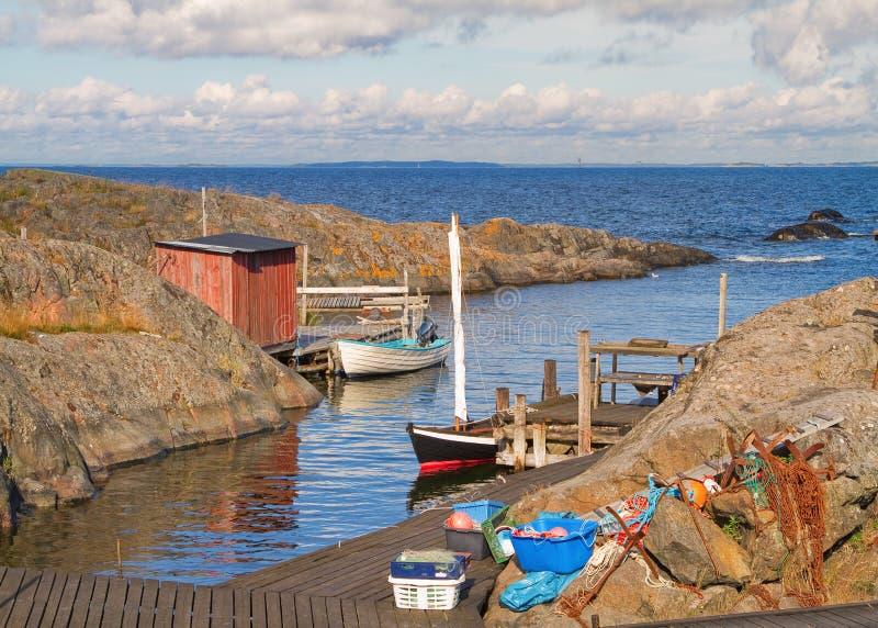 Porto de pesca no arquipélago de Éstocolmo fotos de stock